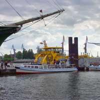 Die Überseebrücke im Hamburger Hafen ist für viele ein Symbol für Fernweh. Wenn Sie aus Hamburg wegziehen, können Sie zwischen vielen Abreisepunkten wählen.